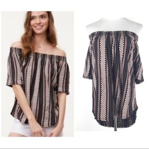 Ann Taylor LOFT Size M Off the Shoulder Top